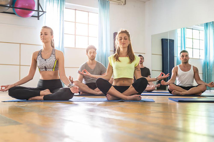what should you not wear to yoga